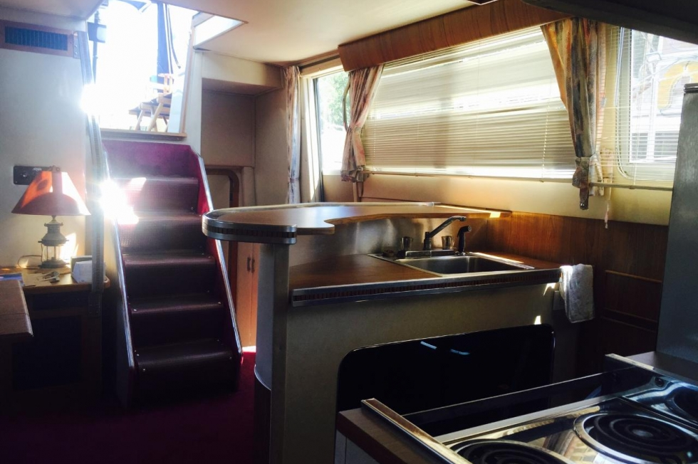 1985 Chris-Craft Catalina 381 Double Cabin Boats for Sale